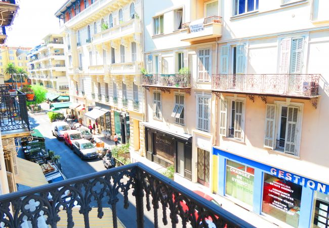 Apartment in Nice - N&J - CALIFORNIA - Central - Very close sea