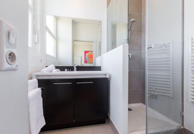 Apartment in Nice - N&J - LES AIGLES - Very close sea - Top floor - Luxe