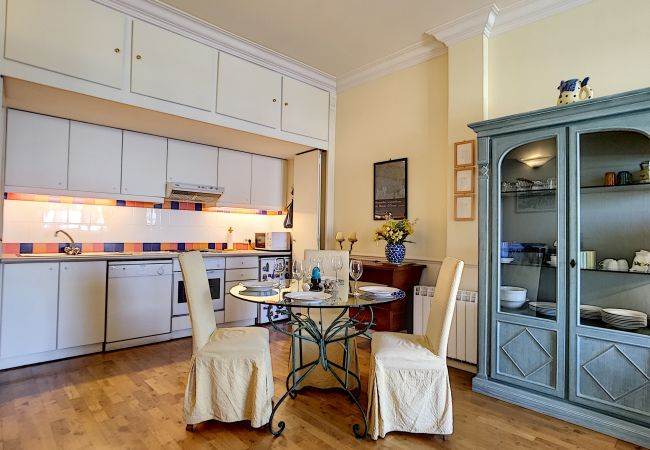 Apartment in Nice - N&J - SQUARE ROYAL TERRASSE - Central - Direct access sea