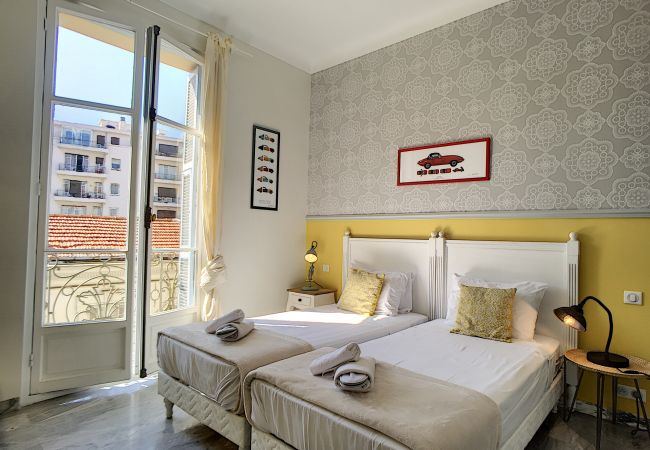 Apartment in Nice - N&J - FRENCH RIVIERA PRESTIGE - Central - By sea - Spacious