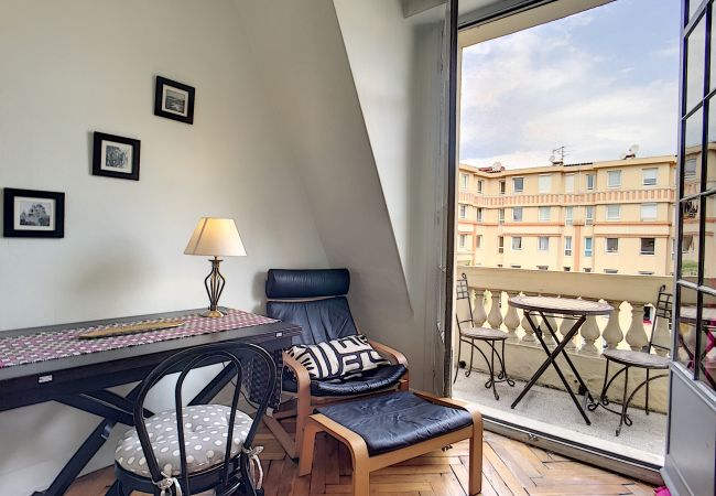Apartment in Nice - N&J - TRAVELLER -  Central - Close train station - Top floor