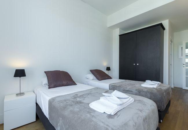 Appartement à Nice - N&J - LES AIGLES - Très proche mer - Dernier étage - Luxe