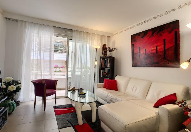 Appartement à Nice - N&J - VILLA HARMONIE TERRASSE - Central - Parking gratuit