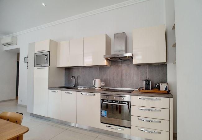 Appartement à Nice - N&J - COLIBRI PRESTIGE - Central - Proche mer