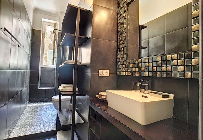 Appartement à Nice - Nouveau ! A&P BLACK FOREST
