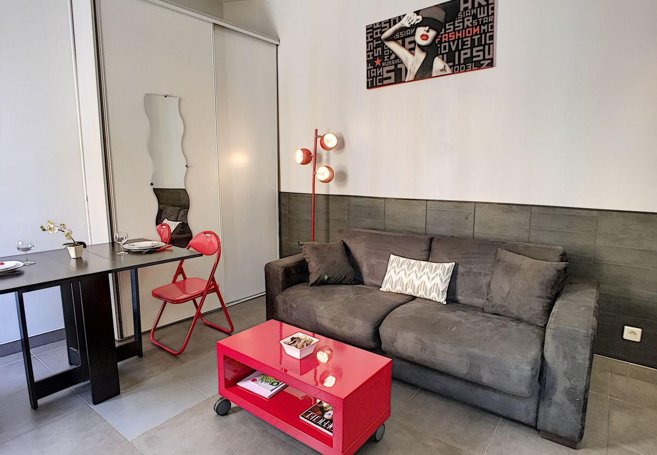 Studio à Nice - N&J - RED TOUCH - Central - Proche mer - Zone piétonne