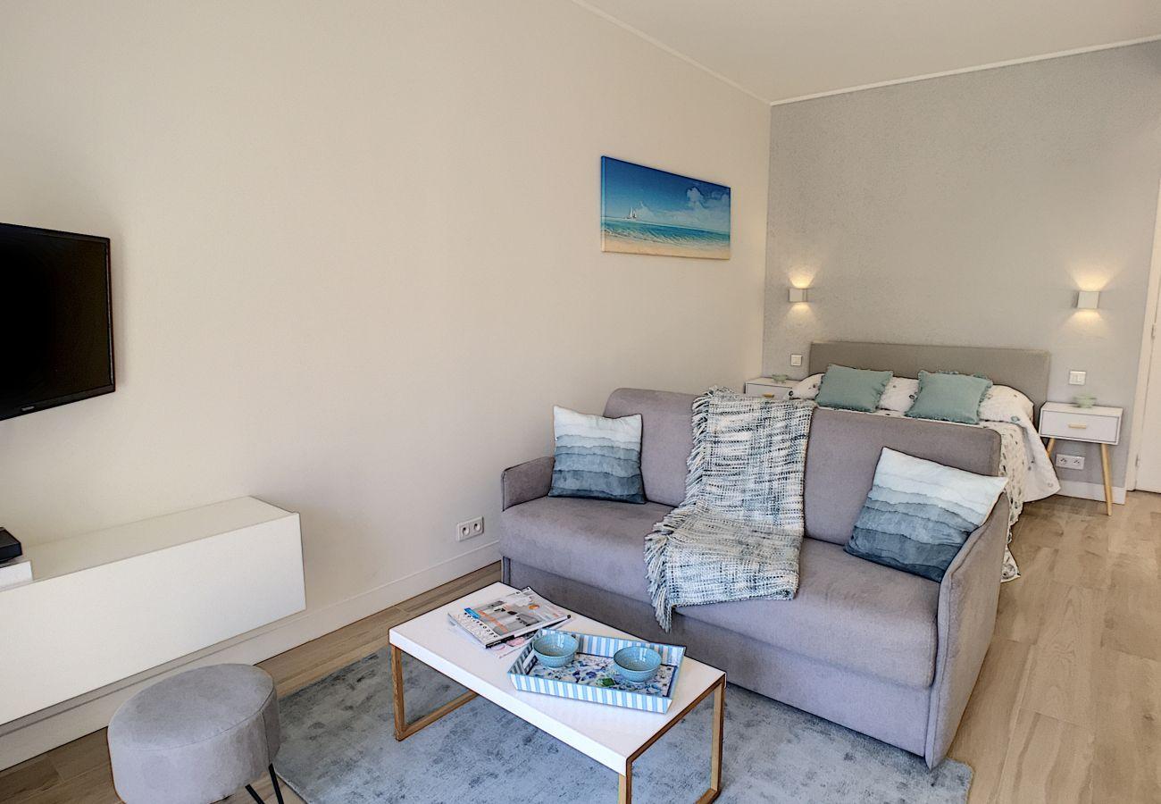 Studio à Nice - N&J - BLUE OCEAN - Central - Très proche plages - Vue mer
