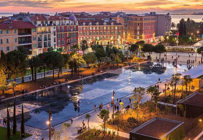 Appartement à Nice - N&J  - RUSTIK - Vieux Nice - Central - Proche mer